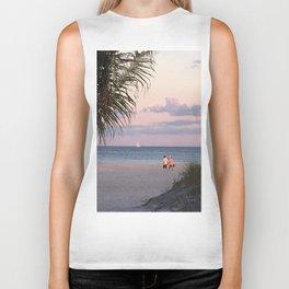 lovers on the beach Biker Tank