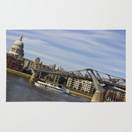 The River Thames Uphill  Rug