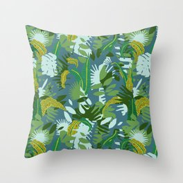 Jungleferncamouflage Throw Pillow