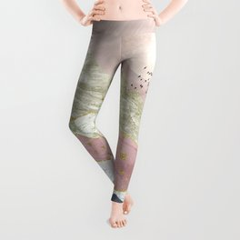 Between hills and mountains Leggings