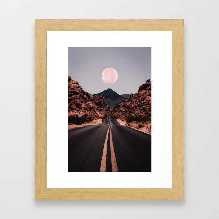 Road Red Moon Gerahmter Kunstdruck