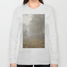 Dream forest. Into the foggy woods. Sierras de Cazorla Long Sleeve T-shirt