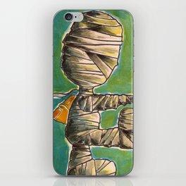 Chico momia va a la escuela(mummy kid going school) iPhone Skin