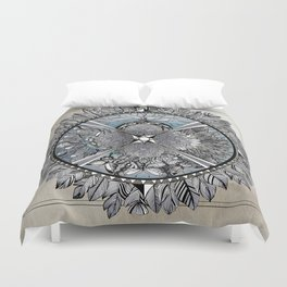 the south, she waits Duvet Cover