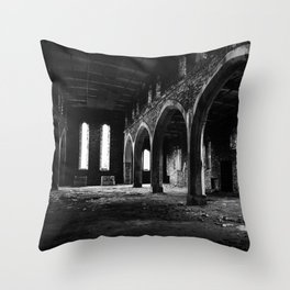 St Lukes Church, Abercarn, South wales, UK - 10 Throw Pillow