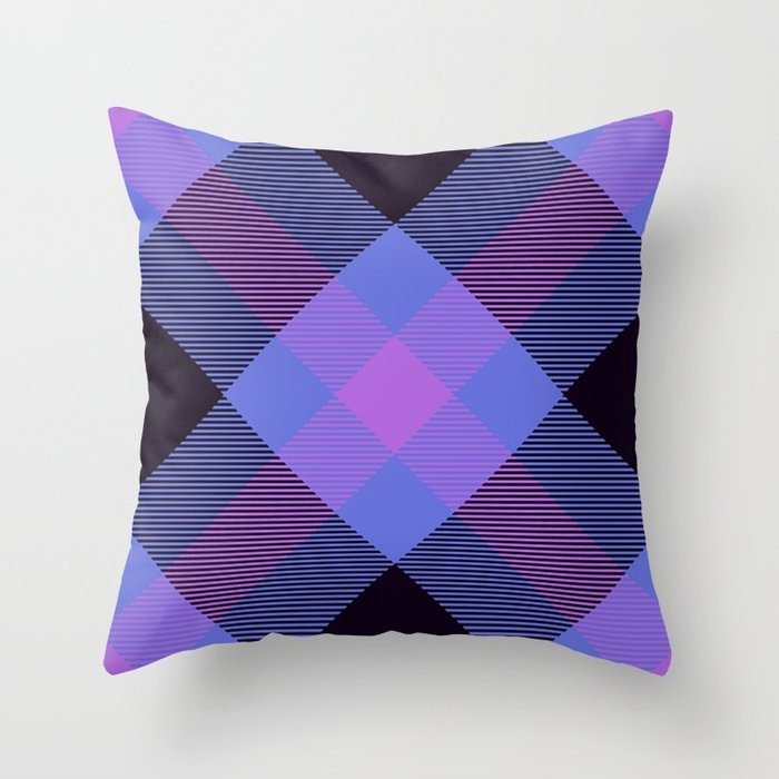 Tartan Pattern Throw Pillow