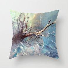 Büyülü Nehir Throw Pillow