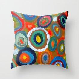 bulles Throw Pillow