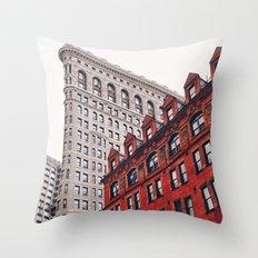 New York City - Flatiron Building Throw Pillow