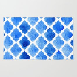 Quatrefoil pattern in shades of blue Rug