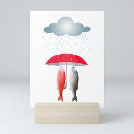 Paseo bajo la lluvia Mini Art Print