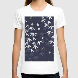 White bamboo leaves Japanese pattern T-shirt