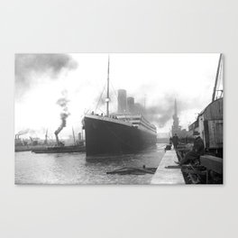 Titanic at the docks of Southampton Canvas Print