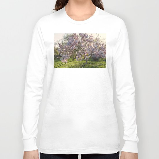 Magnolia tree in spring Long Sleeve T-shirt