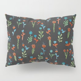smoth flowers in the nigth Pillow Sham