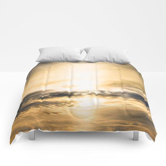 Cloudio Di Porno IV Comforters