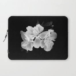 geranium in bw Laptop Sleeve