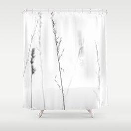 Prairie d'été, un souvenir fugace … Shower Curtain