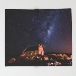 Lake Tekapo, New Zealand Night Sky Throw Blanket