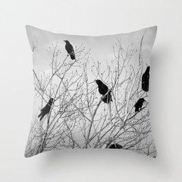 A Murder of Crows Deko-Kissen