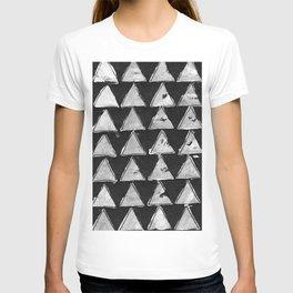 Triangles black & white T-shirt