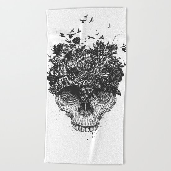 My head is a jungle (b&w) Beach Towel