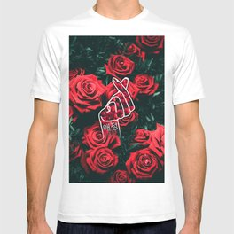 Love Finger Snap Roses T-shirt