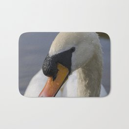 Mute swan cob Bath Mat