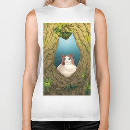 Luna in a tree hole Biker Tank