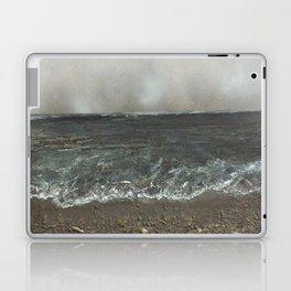 Storm's a comin' Laptop & iPad Skin