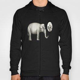Elefante con gafas, se mira en el espejo Hoody