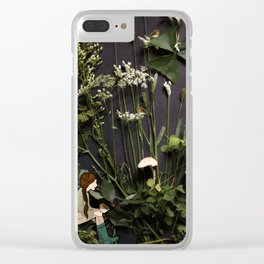 Bridie and the Robins in the Forest of Shamrocks Clear iPhone Case