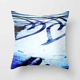 snowflakes in the heart Throw Pillow