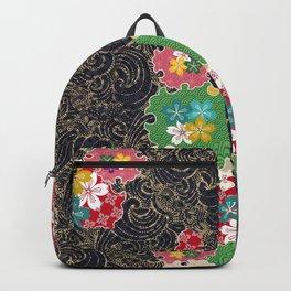 Beauty and gorgeousness like a traditional Japanese tattoo Backpack