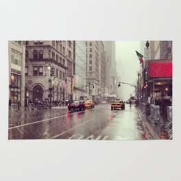 nyc street rain Rug