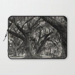 Live Oaks with Spanish Moss, Georgia Laptop Sleeve