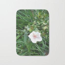 soft pink flower Bath Mat