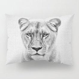 Lioness - Black & White Pillow Sham