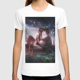 Counting stars - Romantic couple kissing T-shirt