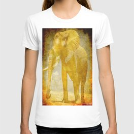 The elephant under a sandstorm T-shirt