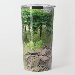 Una pila de tejas Travel Mug