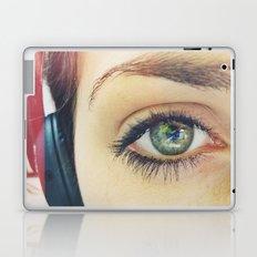 Beauty is in the eye of the beholder Laptop & iPad Skin