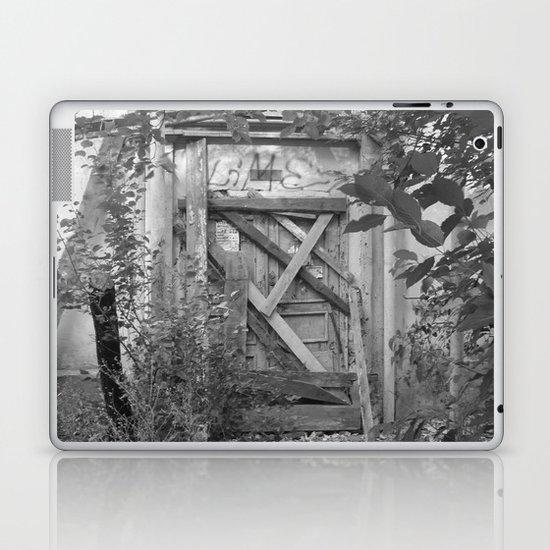"Door to the deep down ""LIME"" Laptop & iPad Skin"