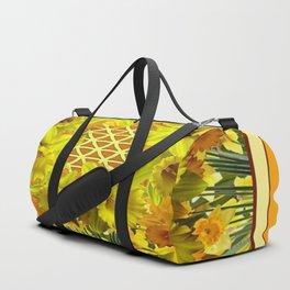 VIGNETTE OF YELLOW SPRING DAFFODILS GARDEN Duffle Bag