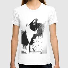 maxine. T-shirt