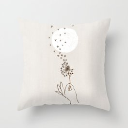 Like a thousand stars Throw Pillow
