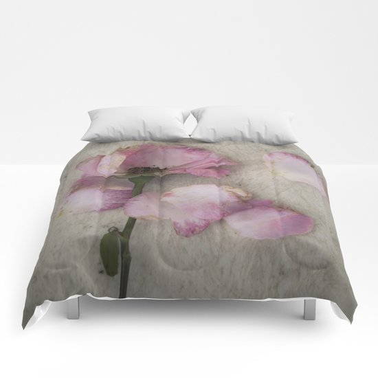 Wilted Rose Comforters