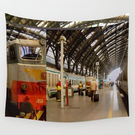 milan glitch Wall Tapestry