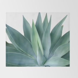 Agave blanco Throw Blanket
