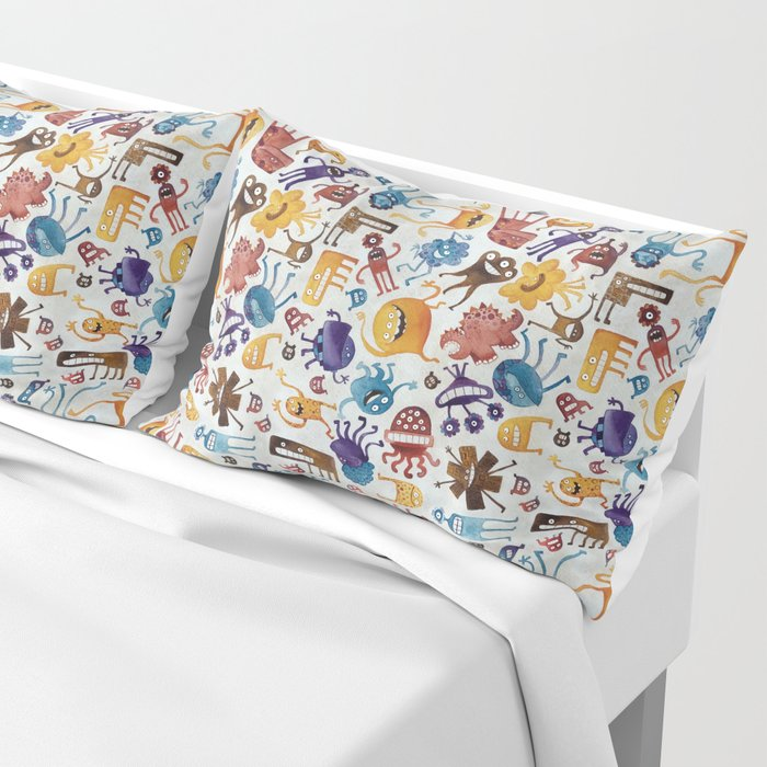 Critter Pattern 3 Pillow Sham
